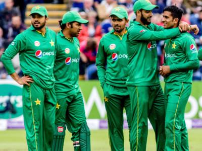 pakistan odi squad Newzealand