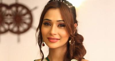 Sara Khan lip surgery gone wrong? Heres what Ex-Bigg Boss