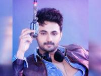 RJ Anmol dedicates debut song to Rekha