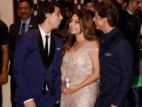 Shah Rukh Khan's Photo With Son Aryan And Wife Gauri Will Leave You All Smiles