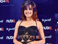 Taapsee Pannu Turns Choreographer For Thenge Se. More Details Inside!