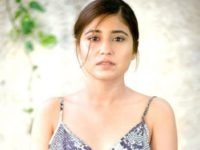 Shweta Tripathi Helps Amyra Dastur With Wedding Look For Trip 2