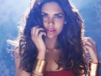 Esha Gupta's Recent Sizzling Dance Performance Breaks The Internet