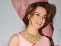 Kangana Ranaut Is Upset That Priyanka Chopra Did Not Invite Her!
