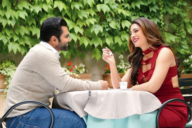 Nargis Fakhr