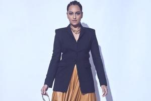 Sonakshi Sinha fashion l