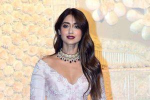 bollywood actress ileana celebration chatur