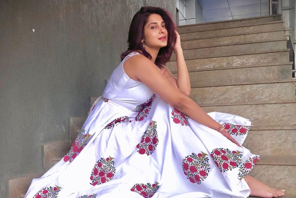 What S On Jennifer Winget S 2020 Wish List Brightmediaentertainment Provides Latest News On Movies Trailers Interviews Fashion And Lifestyle At One Place