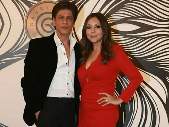 Shahrukh Khan and Gauri Khan 1700b05d420 original ratio