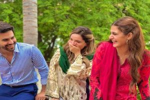Junaid Khan signs next for Hum TV with Hira Mani and Armeena Khan