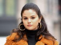 Selena Gomez perfect response to a photographer clicking her without consent